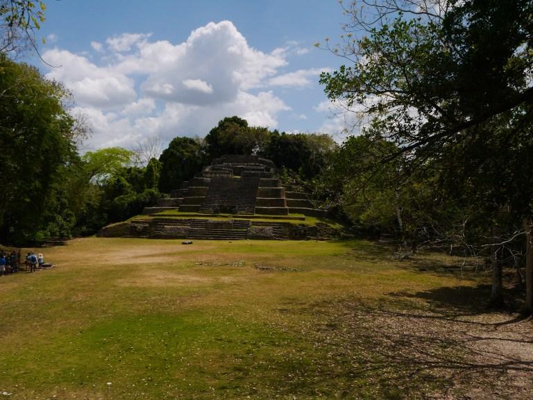 Jaguar temple - Lamanai Travellingminstrel #6