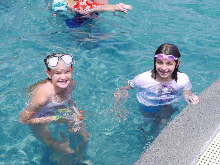 Me and Ashley - Travellingminstrel.wordpress.com #