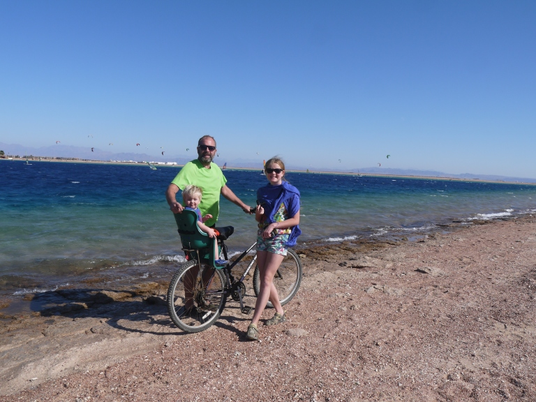 The ultimate traveller , Jed and me on our bike ride - Travellingminstrel #