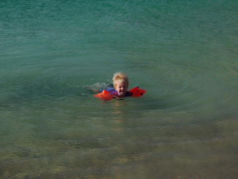 Jed in the sea - Travellingminstrel #
