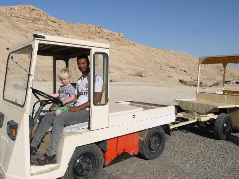 The new Hatshepshut's driver - Travellingminstrel #