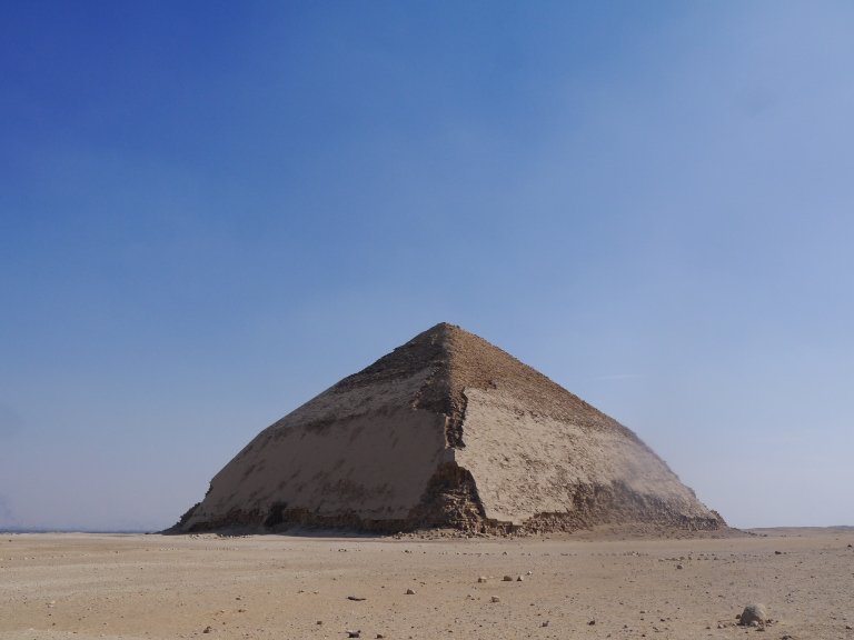 The Bent pyramid -Travellingminstrel #