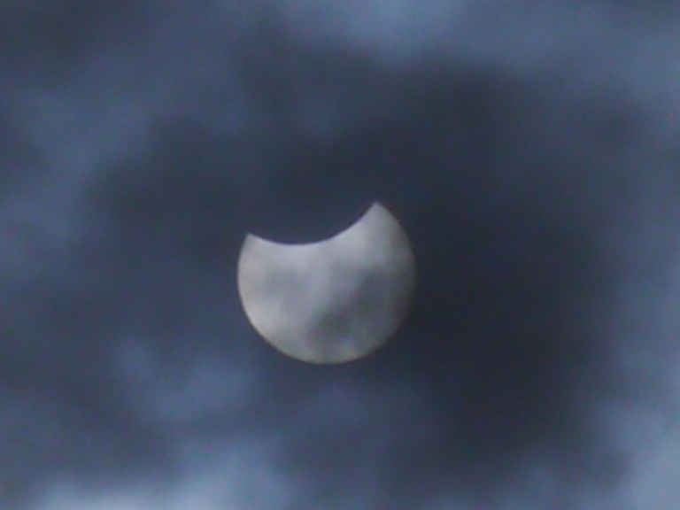 Solar Eclipse - Travellingminstrel #