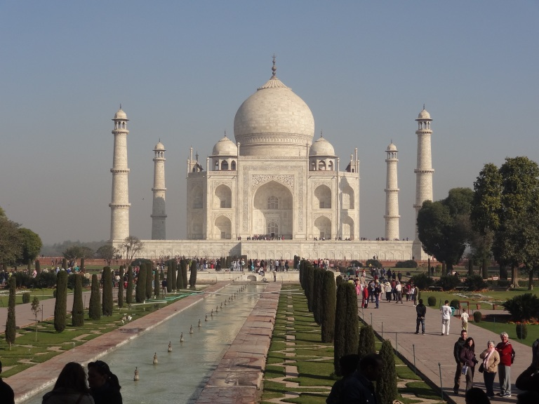 Taj Mahal seven wonder of the world - Travellingminstrel #