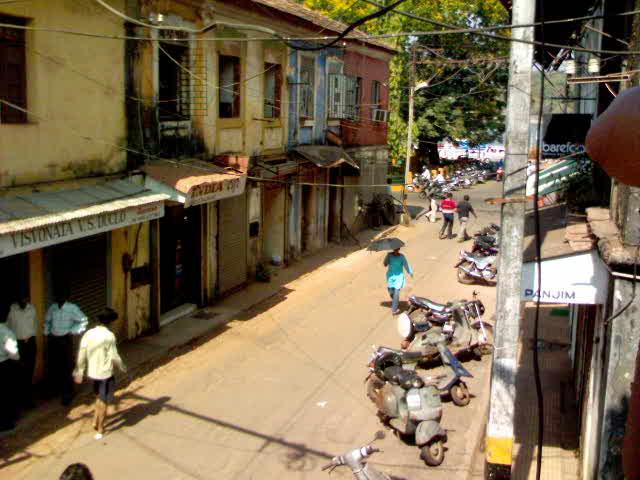 Street - Travellingminstrel #
