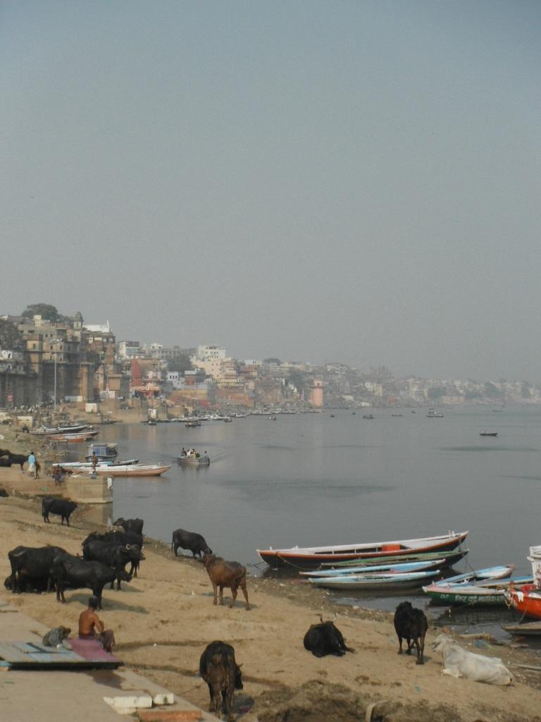 Varanasi - Travellingminstrel #