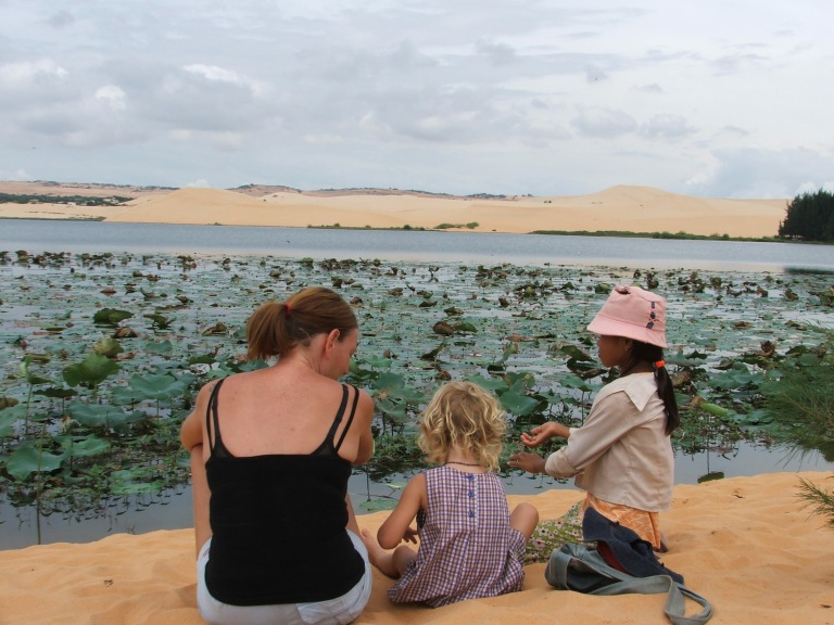 Mui Ne sand dunes - Travellingminstrel #