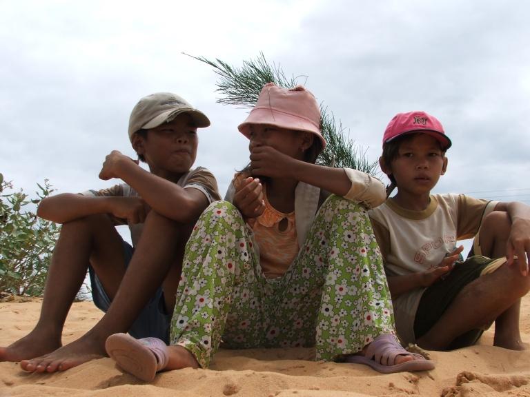 Local kids - Travellingminstrel #